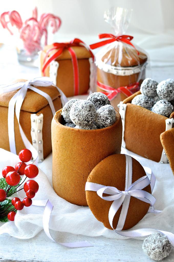 cutie-cadou-din-turta-dulce