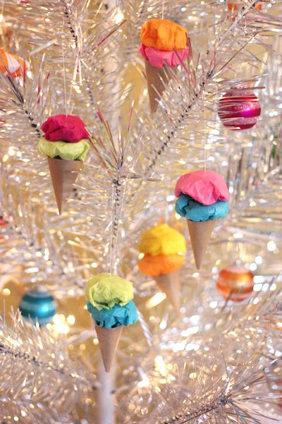 paper-ice-cream-cone-ornaments