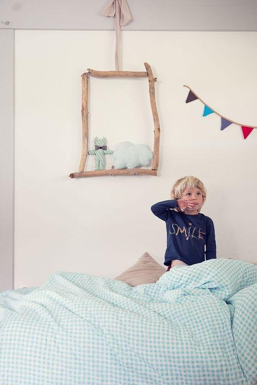 decoratiuni-din-crengi-pentru-camera-copilului-3
