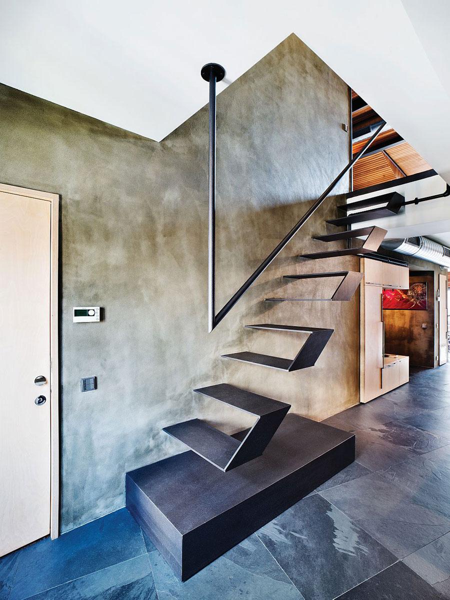 scara-moderna,-cu-design-inovativ