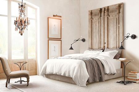 tablie de pat din usi vechi