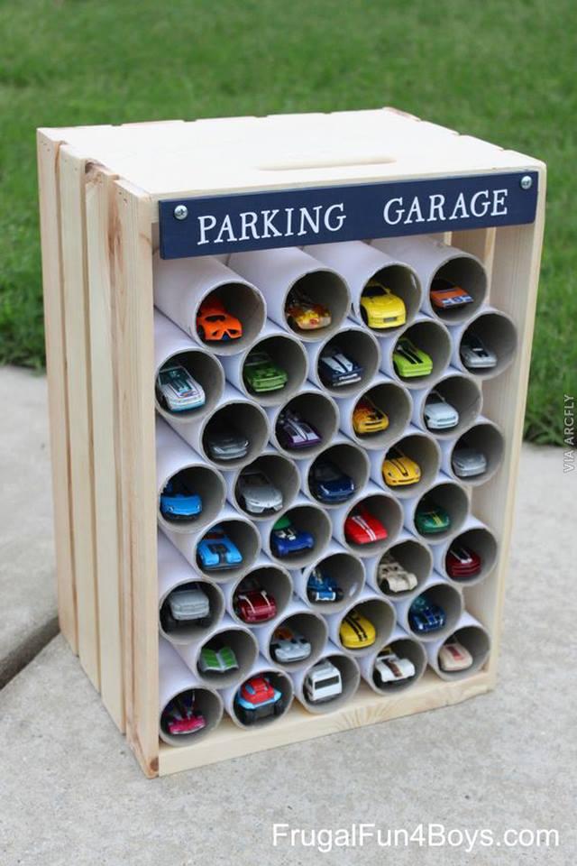 jucarii din materiale reciclate 8