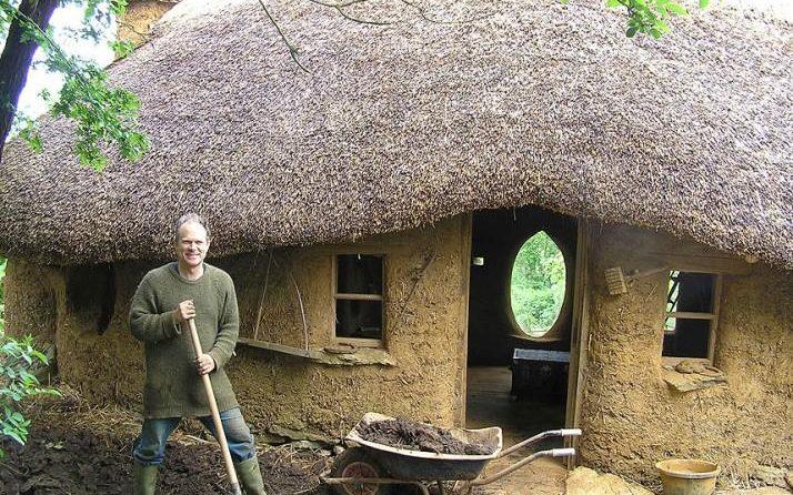 casa-ecologica-din-chirpici