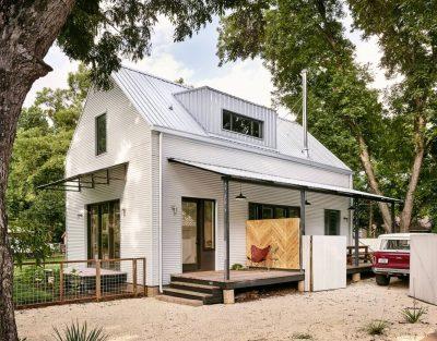 Casa din lemn, proiectata pentru a rezista 500 de ani