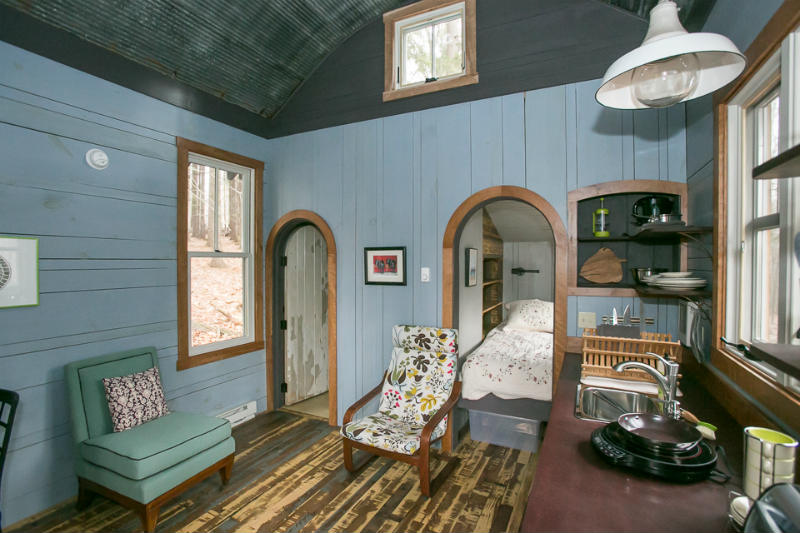 case-mici-aer-vintage