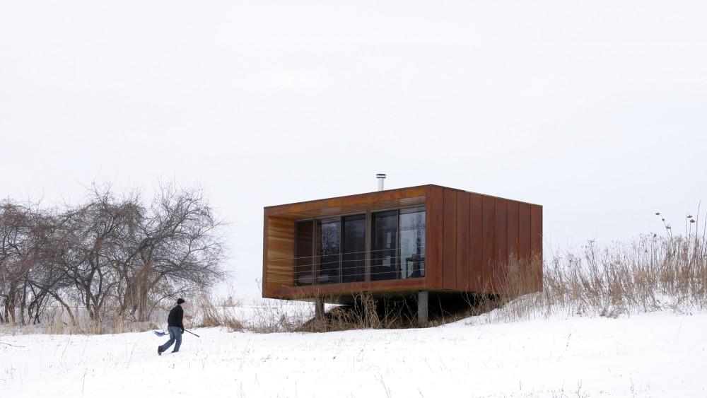 case-mici-suspendate