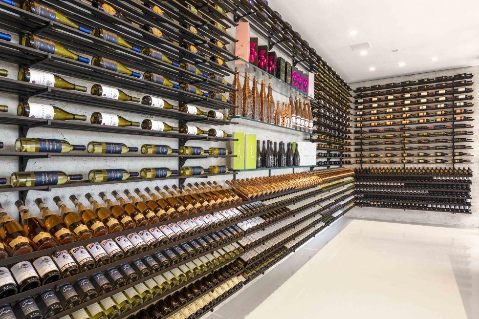 cea mai scumpa casa din America - crama de vinuri