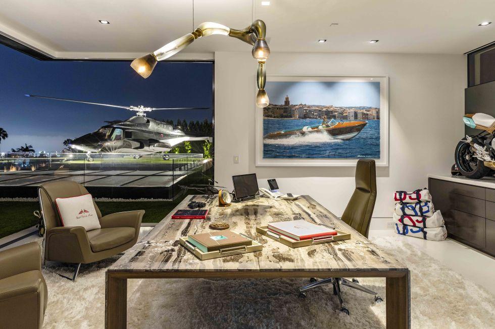 cea mai scumpa casa din America imagine cu heliportul