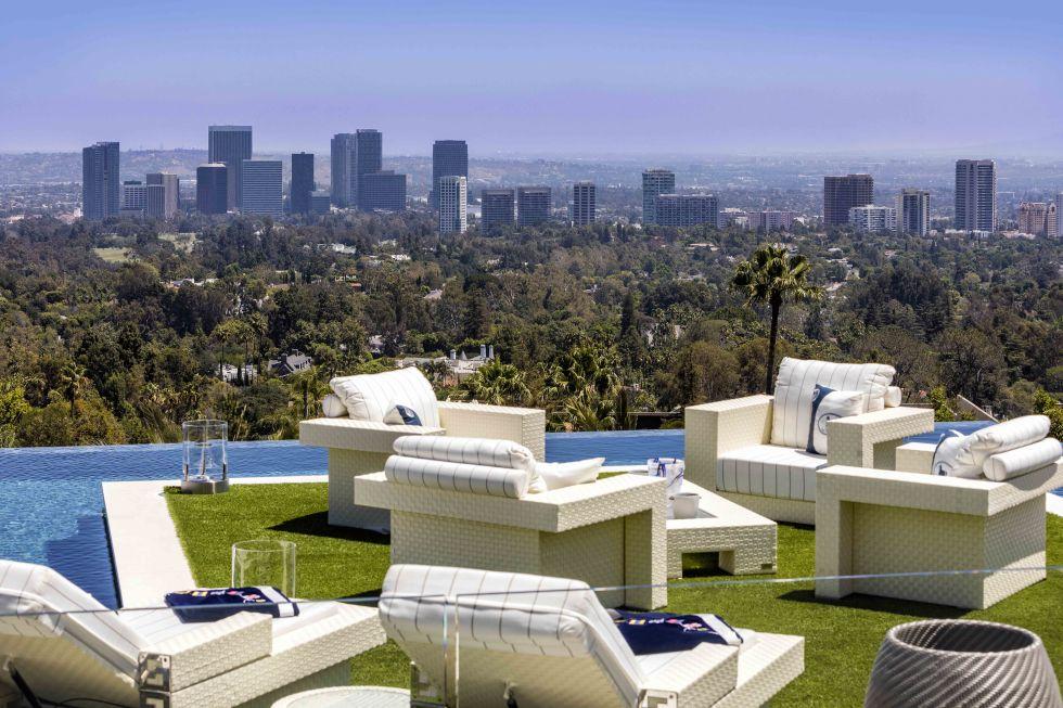 cea mai scumpa casa din America - priveliste de pe terasa