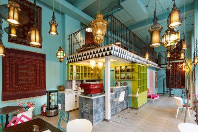 Bei o cafea la cafeneaua Sheida si faci un act caritabil