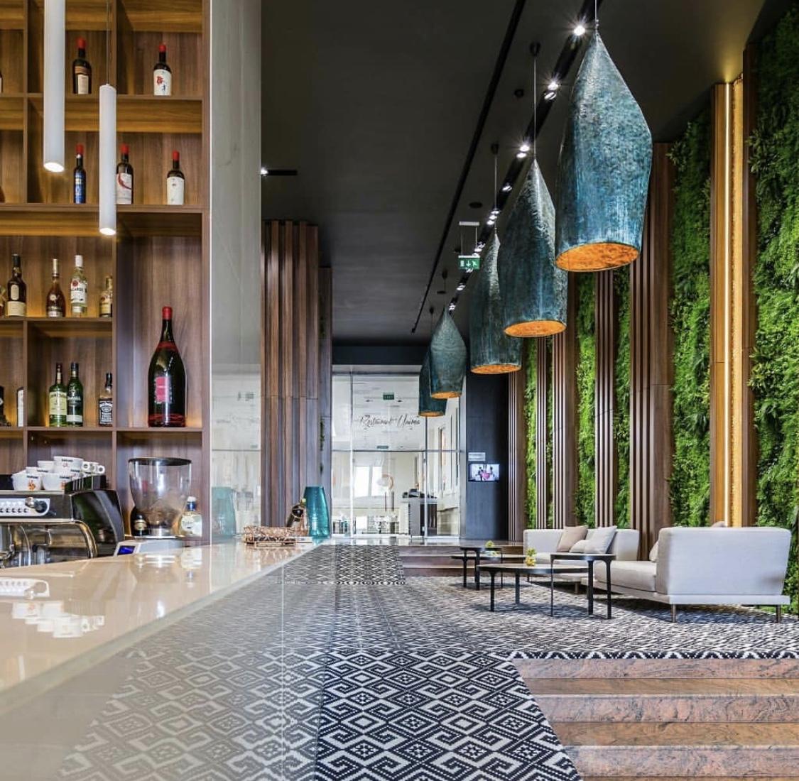 amenajarea unui lobby hotel Unirea Iasi