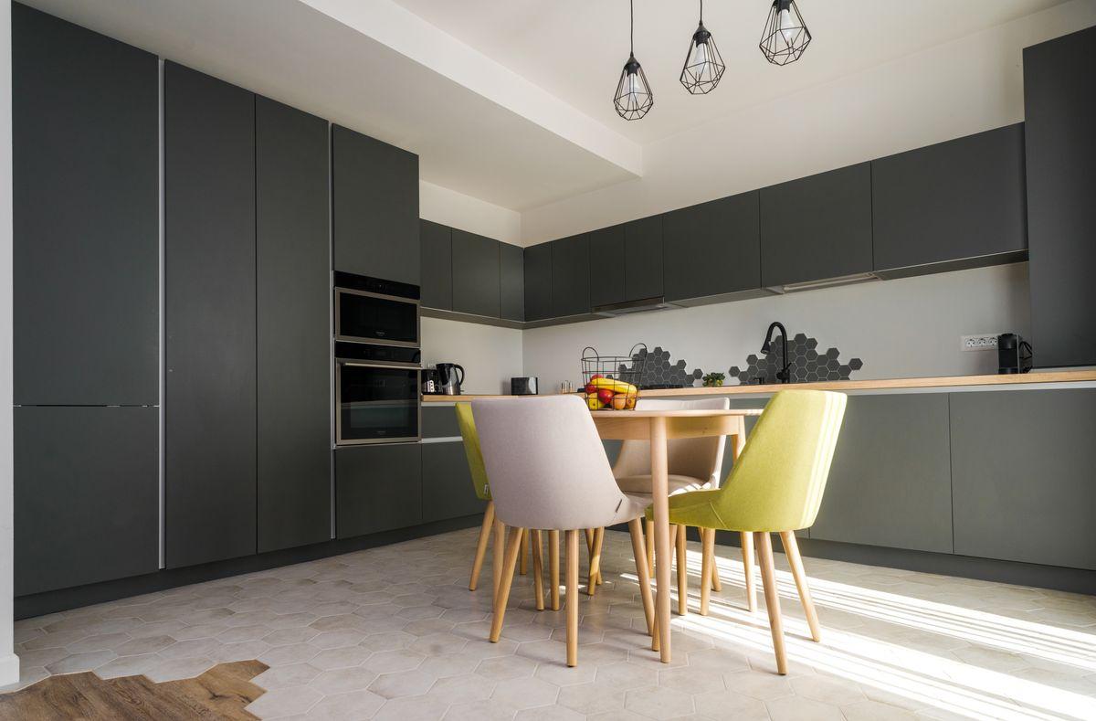 interior minimalist amenajare bucatarie