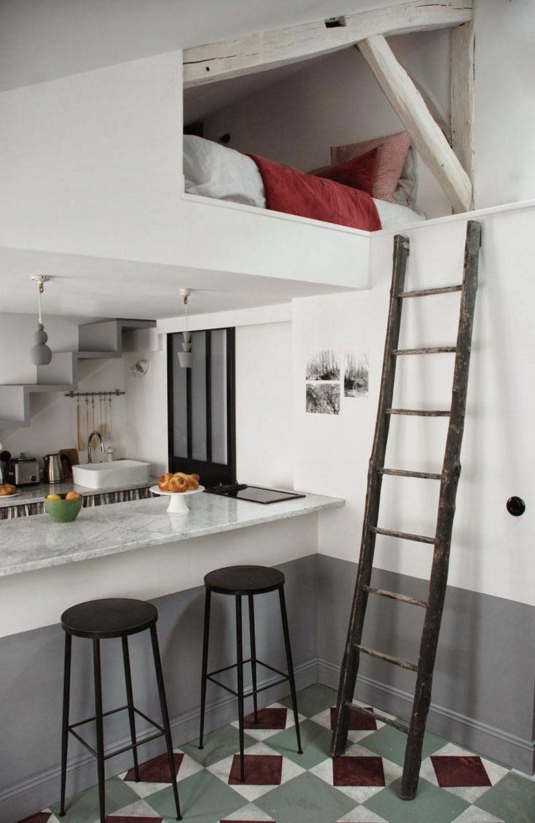 Cum poti avea living, dormitor, bucatarie si birou in 25 mp?