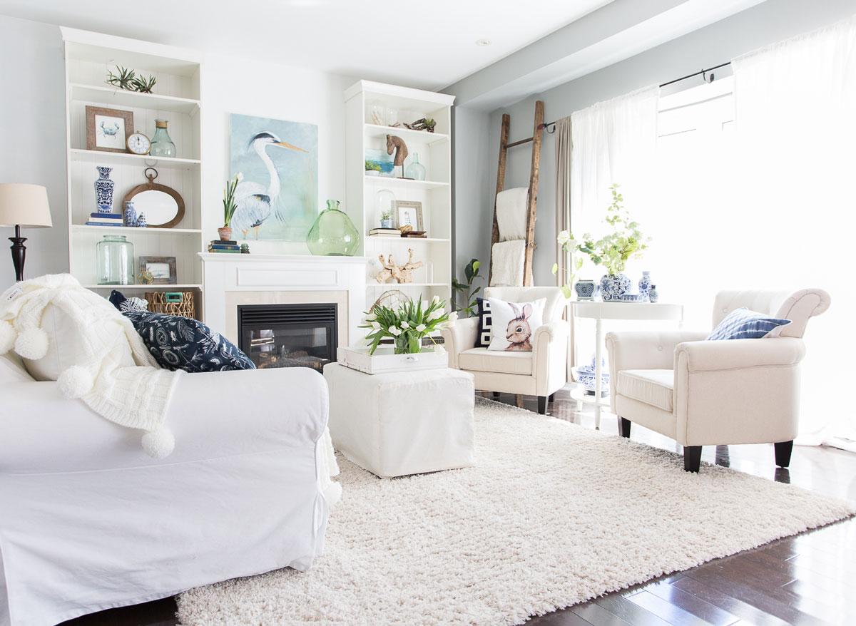 Casa superba, decorata simplu si fermecator pentru Paste
