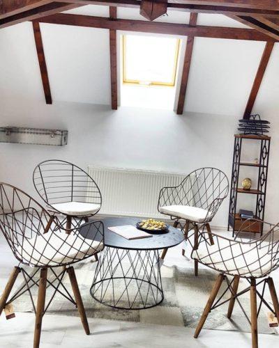 Descopera mobilierul sic dintr-un loc de poveste: Vila Retro